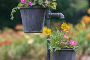 rsz_garden_stake_planter